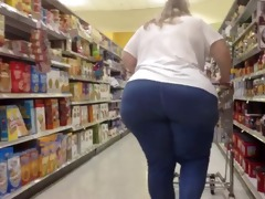 white big beautiful woman gilf kewl ass shopper