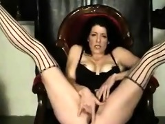 mature wife fingering her bawdy cleft very well