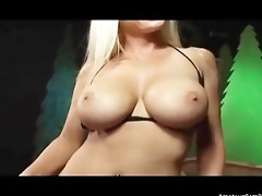 girtl with large breasts need your pounder to ride