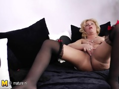 golden-haired older mama grinding on the daybed