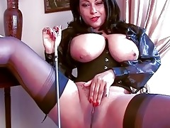 arousing dark brown momma in corset and nylons