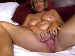 fantastic big tited mom masturbates