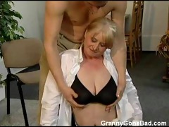 granny with large soft milk shakes get fingered
