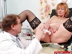 redhead gran cum-hole gaping at gyno clinic