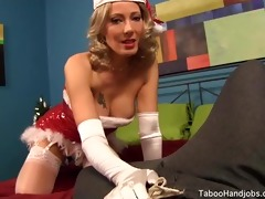 slutty holiday stepmom seduces me. zoey holloway