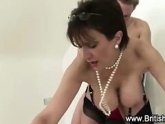 british lady sonia rides knob
