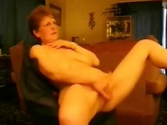 sexy granny rubbing her pussy. dilettante aged