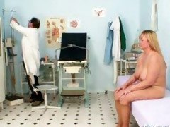 breasty mother i hirsute muff doctor exam