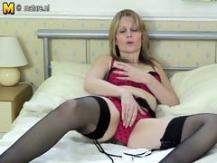 flawless older mother needs hard dong