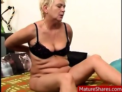 chunky sexually excited granny rubs old vagina