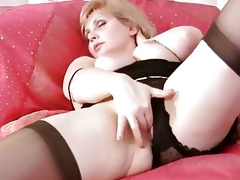 breasty milf fingering her aged cunt