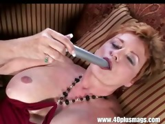 old impure housewife in solo