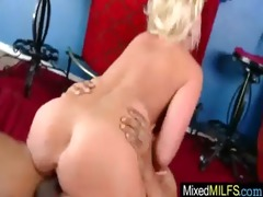 breasty excited d like to fuck need a dark cock