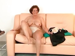 overweight milf feeling juicy and slutty during