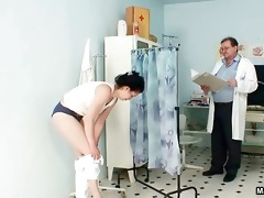 bushy mature wife receives her constricted cookie
