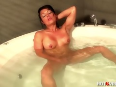 latin chick d like to fuck squirts in bathtub