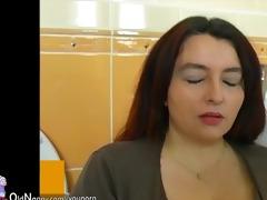 bulky big beautiful woman woman in bath have sex