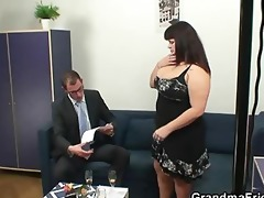 overweight floozy getting double drilled after