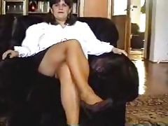 mamma strips then receives her cookie licked