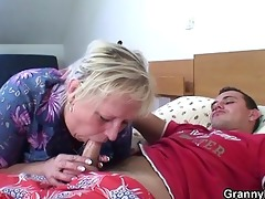old granny is gangbanged by an young pickuper