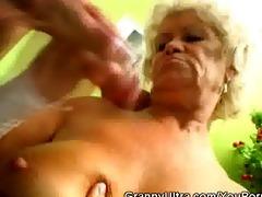 jock engulfing granny receive her muff licked