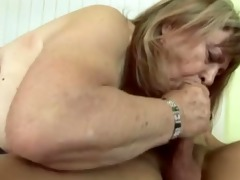 kiki plump granny