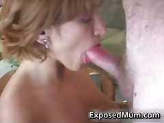 milf mamma happily engulfing cock part4