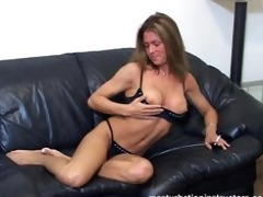 jerk off teacher in bikini flashes on the bed to