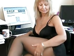 secretary housewife fingering her aged snatch