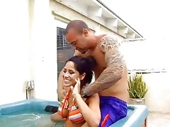 sexy tub bikini milfs