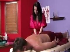 rayveness the sexy masseuse