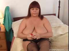 nice-looking breasty mother i in nylons