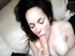 astonishing wife deepthroat