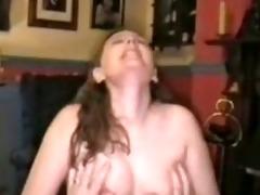 amateur brunette blows hubby
