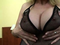 breasty d like to fuck playing with hard teats