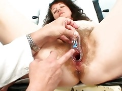 old older doxy gets her bushy examined at the