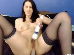 sexually excited hawt mommy rose fingers her