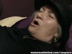 older lady momm receives fuck in arse