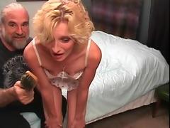 slinky blonde mother id like to fuck gets a hard