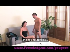 femaleagent. cums to command