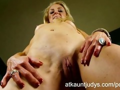 ava loves to cum for the camera