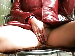 mad exhibitionist mother i squirting and